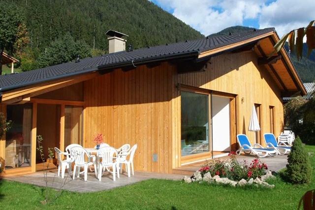 ferienhaus direkt am weissensee in neusach mit sauna. Black Bedroom Furniture Sets. Home Design Ideas